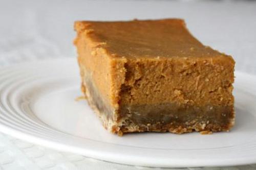 pumpkin pie bars recipe biscoff pumpkin pie squares pumpkin pie bars ...