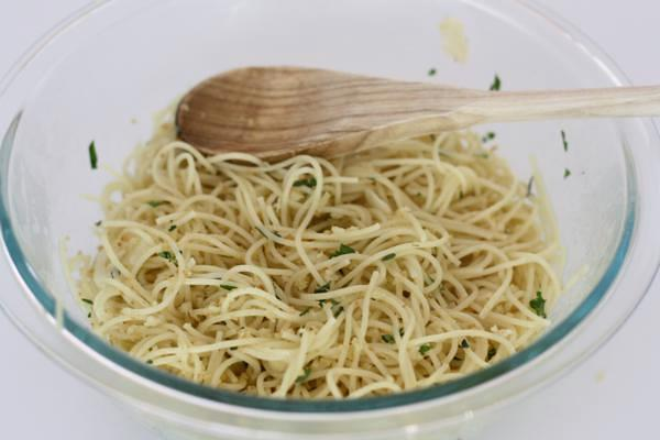 pasta with herbs and bread crumbs