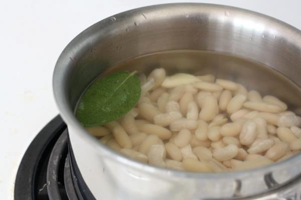 cooking cannellini beans