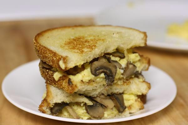 scrambled egg and mushroom sandwiches