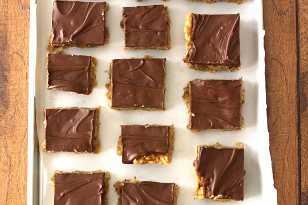 chocolate peanut butter oatmeal cereal bars